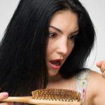Как женщине бороться с выпадением волос